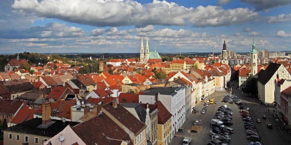Blick über den Obermarkt aus dem Rathausturm (Foto: Alexander Roemisch).